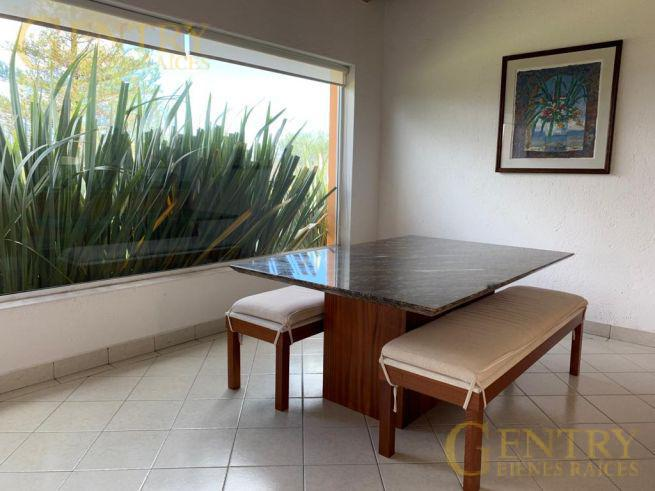 Foto Casa en Venta en  Fraccionamiento El Campanario,  Querétaro  Residencia en Venta en Condominio