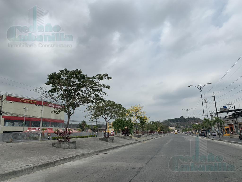 Foto Local Comercial en Venta en  Guayaquil ,  Guayas  VENTA DE AMPLIO LOCAL COMERCIAL  SECTOR MUCHO LOTE