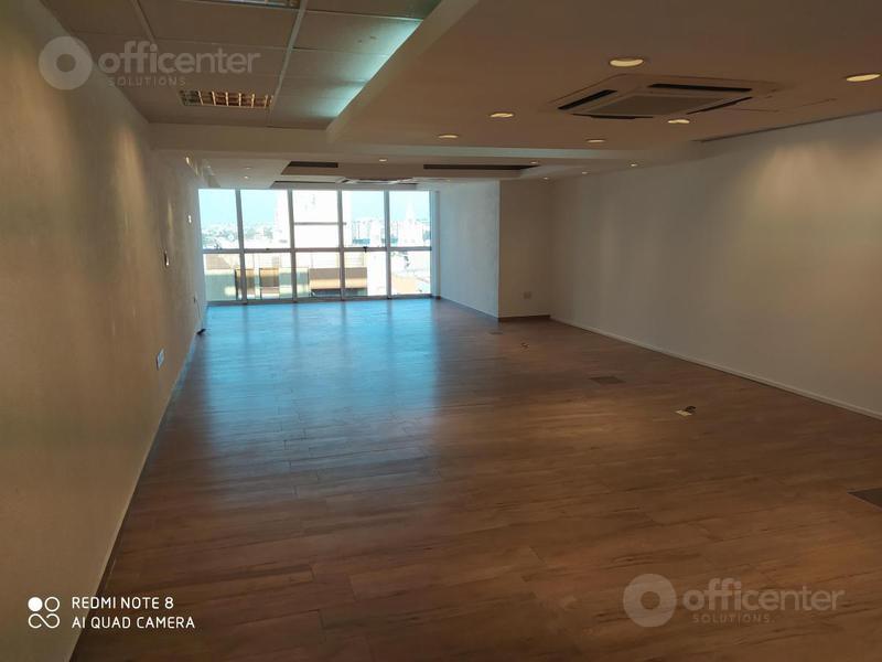 Foto Oficina en Alquiler en  Centro,  Cordoba Capital  Oficina Luminosa- Alquiler - Maipú 51