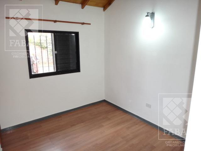 Foto Casa en Venta en  Alta Barda,  Capital  Pudú 709 - Barrio Mercantiles