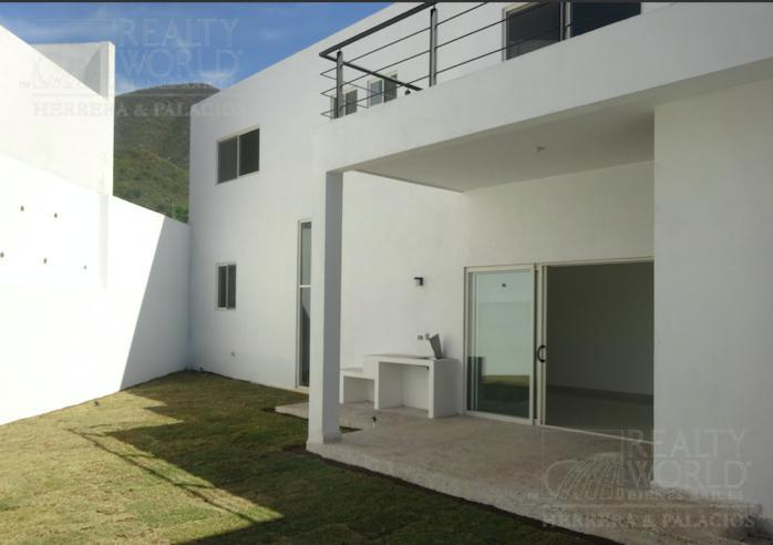 Foto Casa en Venta en  Vistancias 2 Sector,  Monterrey    Casa en venta en Monterrey  Nuevo Leon en Bosques De Vistancias