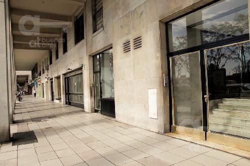 Foto Departamento en Alquiler temporario en  Recoleta ,  Capital Federal  Av. Del Libertador al 800