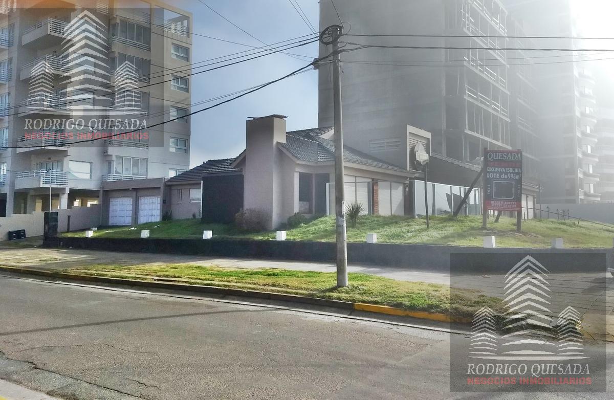 Foto Terreno en Venta en  San Bernardo Del Tuyu ,  Costa Atlantica  Lote de 998 m2 en esquina sobre Costanera!!