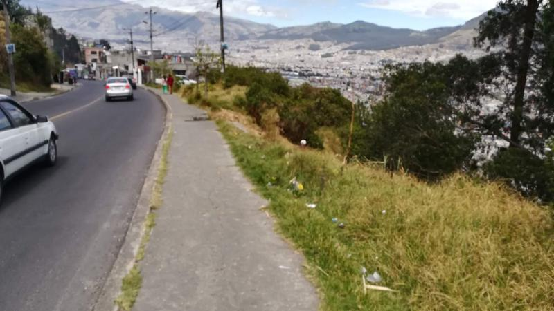 Foto Terreno en Venta en  Sur de Quito,  Quito  Terreno de Venta Sur de Quito