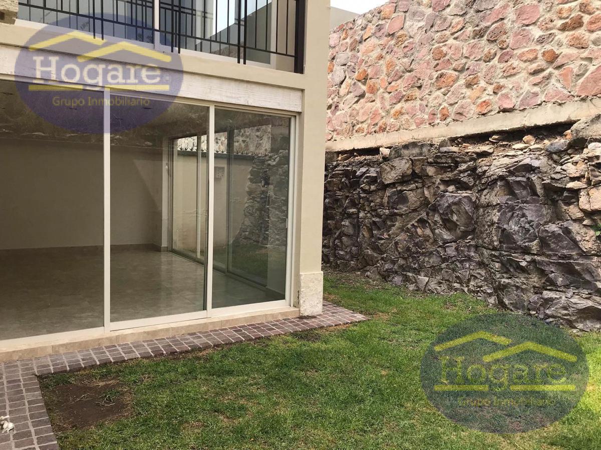 Casa en RENTA enResidencial El Molino en León Gto