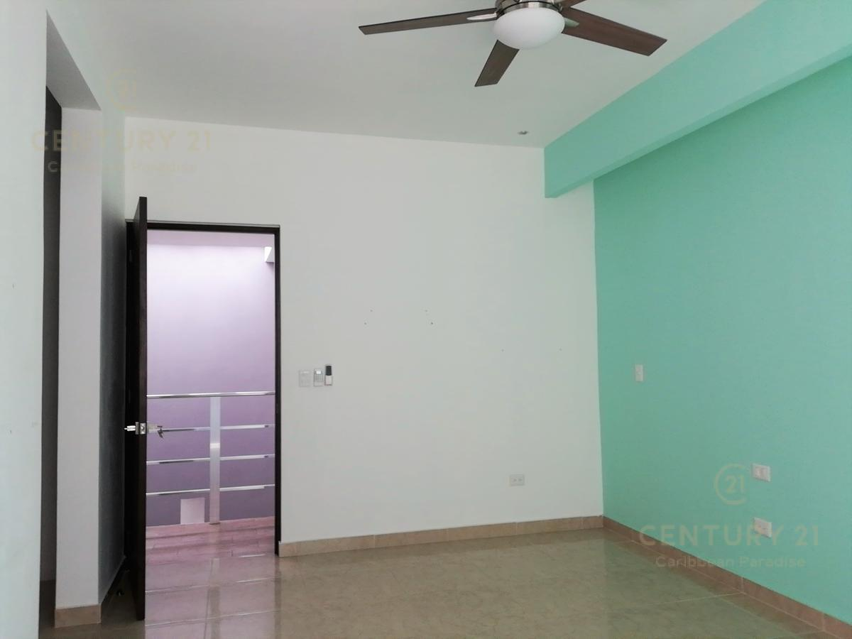 Playa del Carmen House for Sale scene image 21