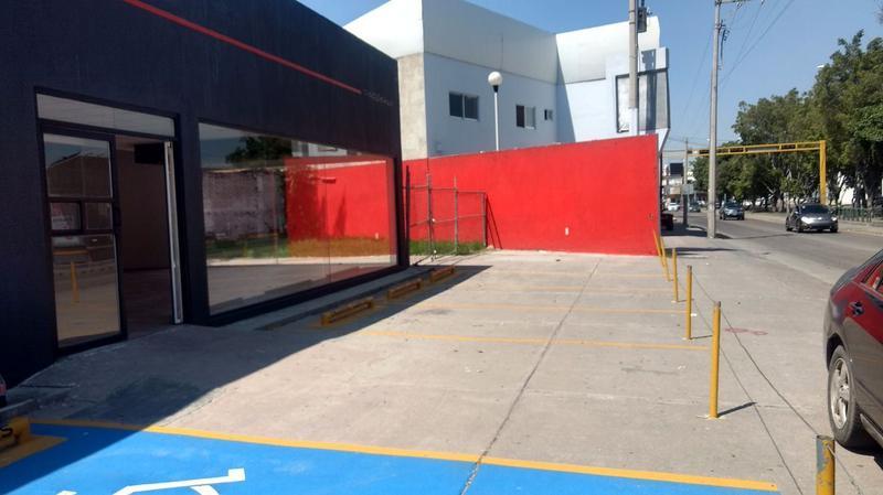 APARTADO! Local Comercial ubicado en boulevard Campestre entre Lopez Mateos y boulevard Hidalgo