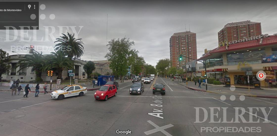 Foto Terreno en Venta en  Unión ,  Montevideo  Av 8 de Octubre y Propios