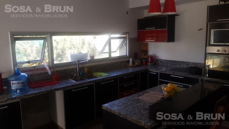 Foto Casa en Venta en  Countries/B.Cerrado (Cordoba),  Cordoba Capital  San Isidro vendo casa tres dormitorios