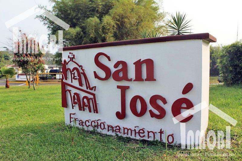 Foto Casa en Venta en  Fraccionamiento San José,  Coatepec  Fraccionamiento San José