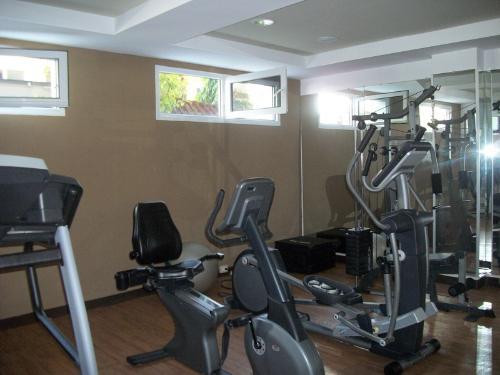 Foto Casa en condominio en Venta | Renta en  Bosque Real,  San Pedro Sula  OFERTA!!!! Venta de Townhouse en Res. Bosque Real