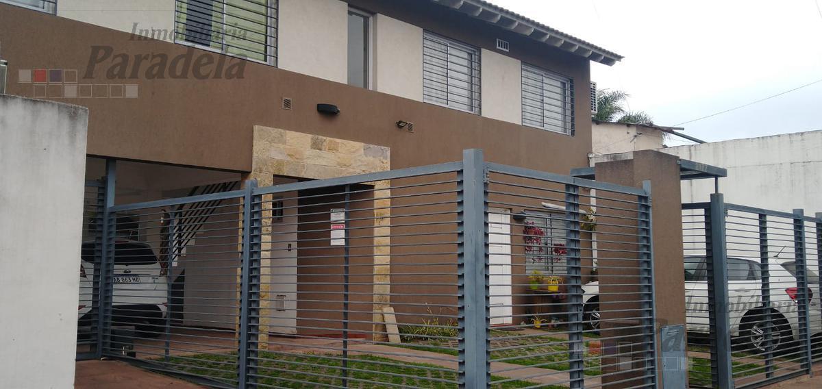 Foto PH en Venta en  Castelar Norte,  Castelar  Chivilcoy al 2100
