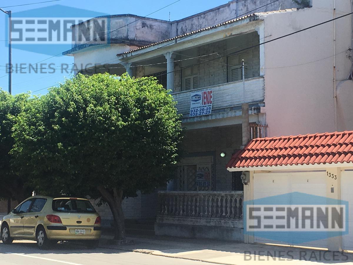 Foto Casa en Venta en  Ricardo Flores Magón,  Veracruz      Av. 1° de Mayo # 1347 entre Juan Enriquez y Alacio Pérez, Col. Ricardo Flores Magón, Veracruz, Ver.