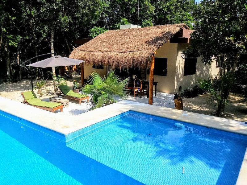 Foto Casa en Venta en  Akumal,  Tulum  Ranch for sale of 3 houses in Akumal with 2500 m2 of land P2681