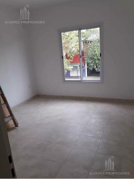 Foto PH en Venta en  San Miguel ,  G.B.A. Zona Norte  Sargento Cabral al 2100