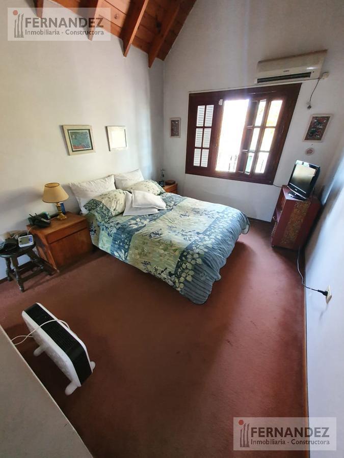 Foto Casa en Venta en  Mart.-Fleming/Panam.,  Martinez  Godoy Cruz 25