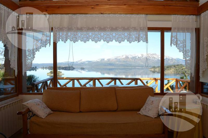 Foto Hotel en Venta en  Villa Pehuenia,  Alumine  Hosteria 9 hab. 3*