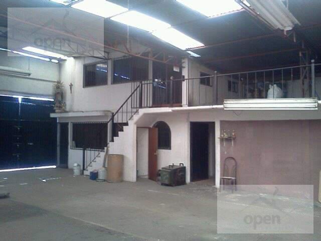 Foto Bodega Industrial en Renta en  Atizapán de Zaragoza ,  Edo. de México  clavelinas no 13