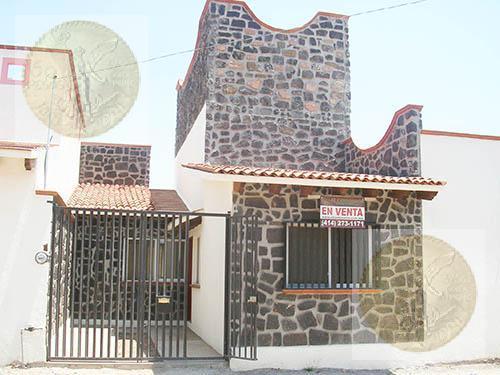 Foto Casa en Venta en  Adolfo Lopez Mateos,  Tequisquiapan  Linda casa nueva