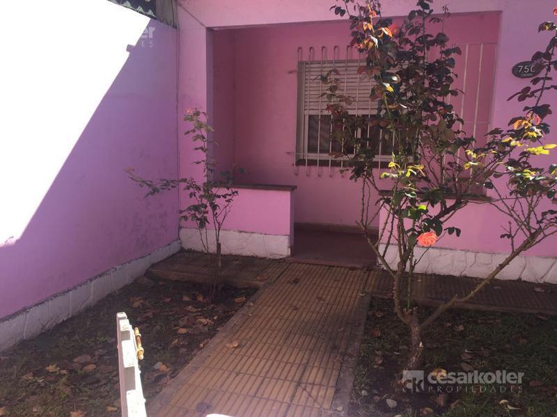 Foto Casa en Venta en  Temperley Este,  Temperley  Jacinto Rosso 750
