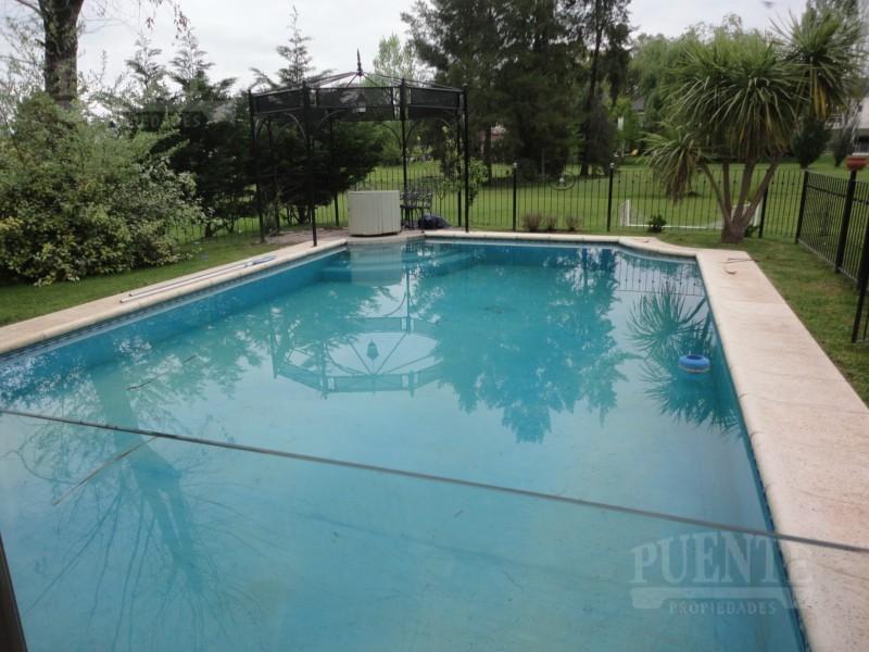 Foto Casa en Venta | Alquiler temporario en  Saint Thomas,  Countries/B.Cerrado  St. Thomas, con 5 Suites!