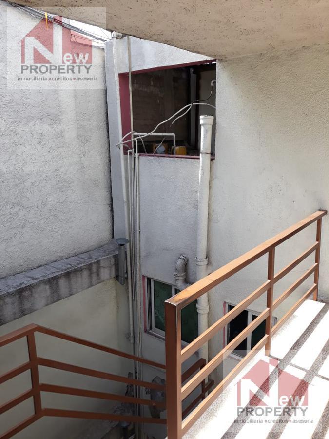 Foto Edificio Comercial en Venta en  Iztacalco ,  Ciudad de Mexico   Edificio en venta de 7 departamentos para remodelar.