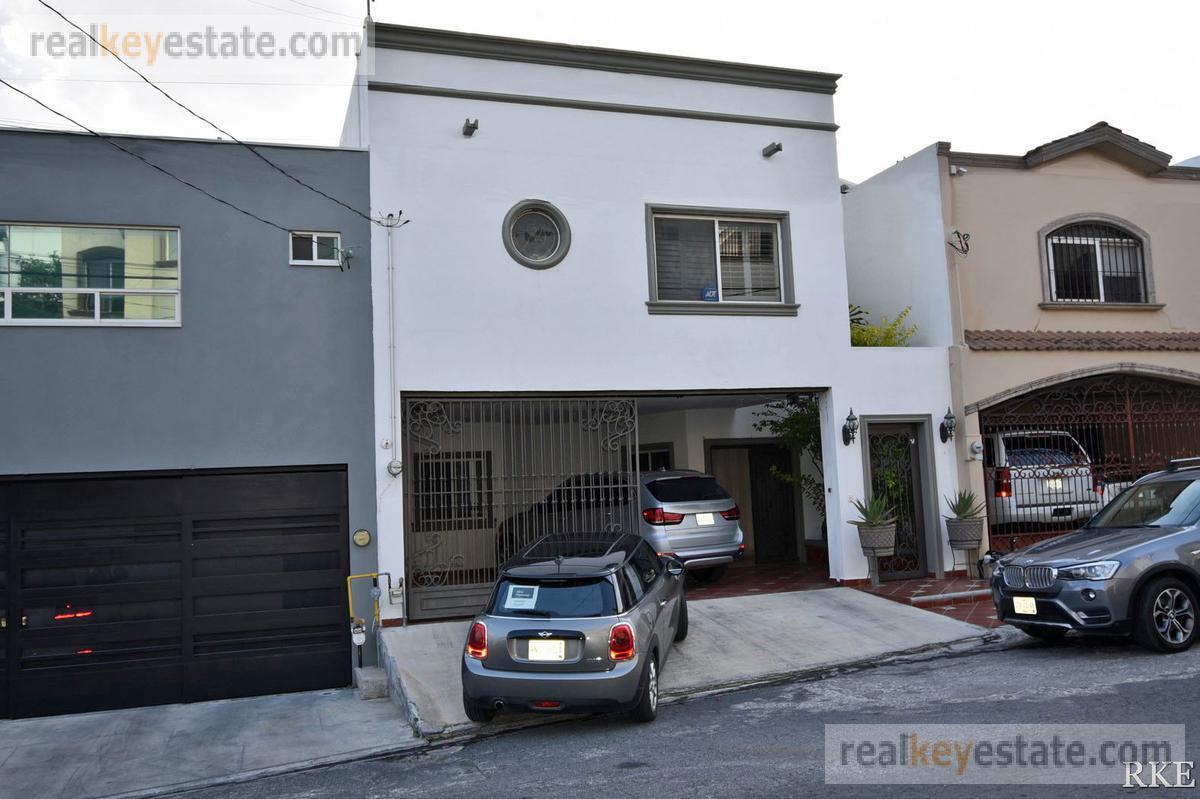 Foto Casa en Renta en  Pedregal La Silla 2 Sector,  Monterrey  CASA EN RENTA EN PEDREGAL LA SILLA, MONTERREY