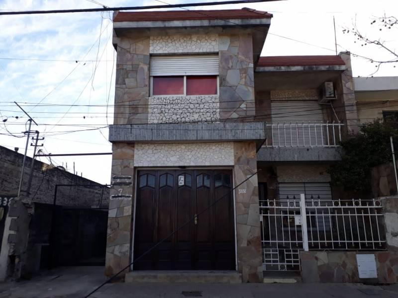 Foto Casa en Venta en  Centro,  Rosario  Santiago al 3800
