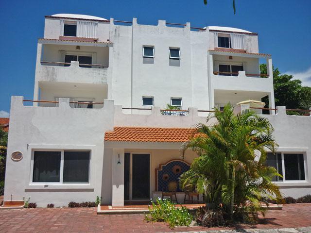 Foto Edificio Comercial en Venta en  Solidaridad,  Playa del Carmen  Edificio de 6 apartamentos   Playa DEL CARMEN  RIVIERA MAYA