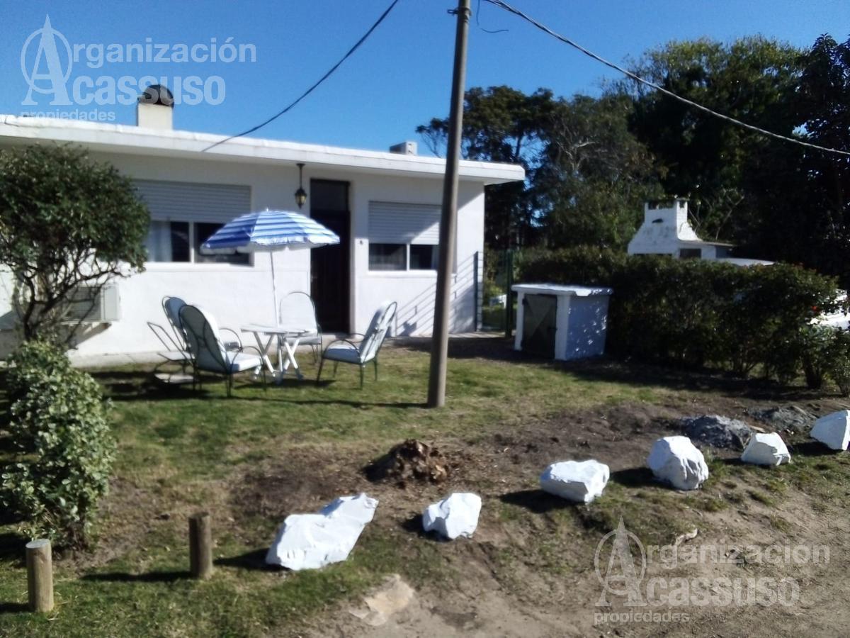 Foto Casa en Alquiler temporario en  Playa Mansa,  Punta del Este  Av Pedragosa Sierra