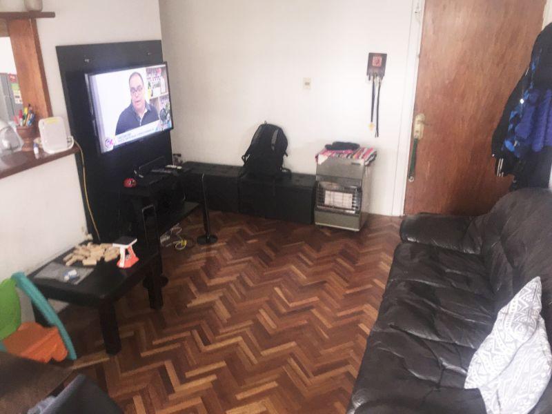 Foto Apartamento en Venta en  Barrio Sur ,  Montevideo  Florida 1500