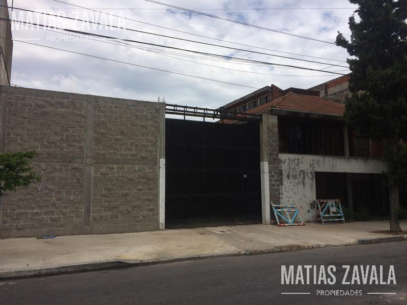 Foto Terreno en Venta en  Parque Chacabuco ,  Capital Federal  Somellera al 1500