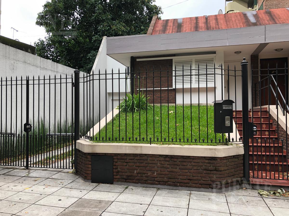 Foto Casa en Venta en  Banfield Oeste,  Banfield  Beruti 117