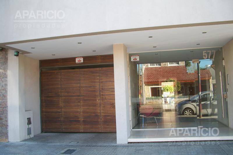 Foto Departamento en Alquiler en  La Plata ,  G.B.A. Zona Sur  27 Entre 43 y 44