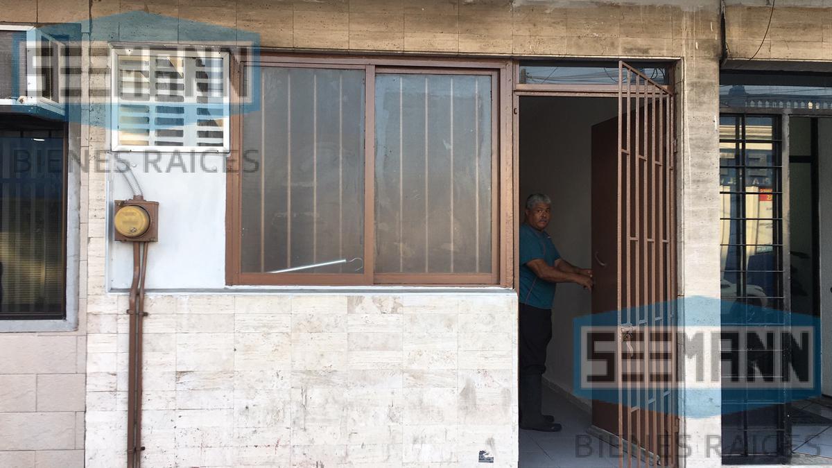 Foto Oficina en Renta en  Veracruz Centro ,  Veracruz  Calle Víctimas del 25 de Junio # 375, Col. Centro, Veracruz, Ver