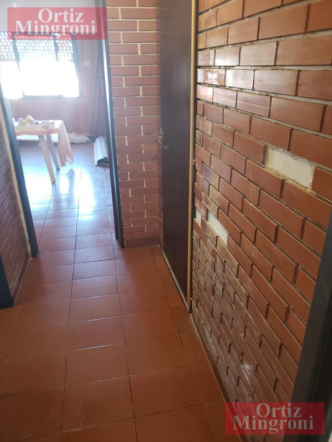 Foto Departamento en Venta en  Lanús Oeste,  Lanús  Hipólito Yrigoyen al 4800