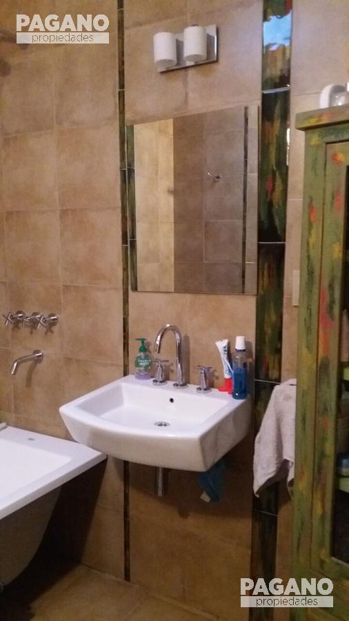 Foto Casa en Venta en  La Plata ,  G.B.A. Zona Sur  55 Nº 1218 e/ 19 y 20