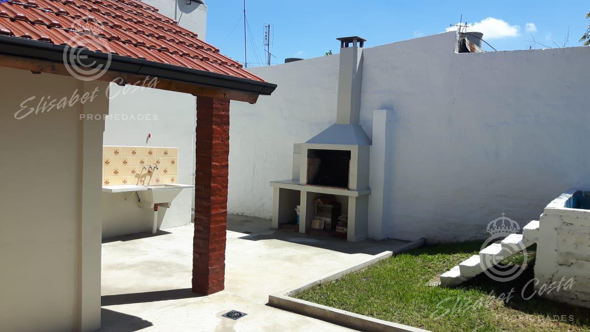 Foto Casa en Venta en  Monte Chingolo,  Lanus  Chascomus al 1900