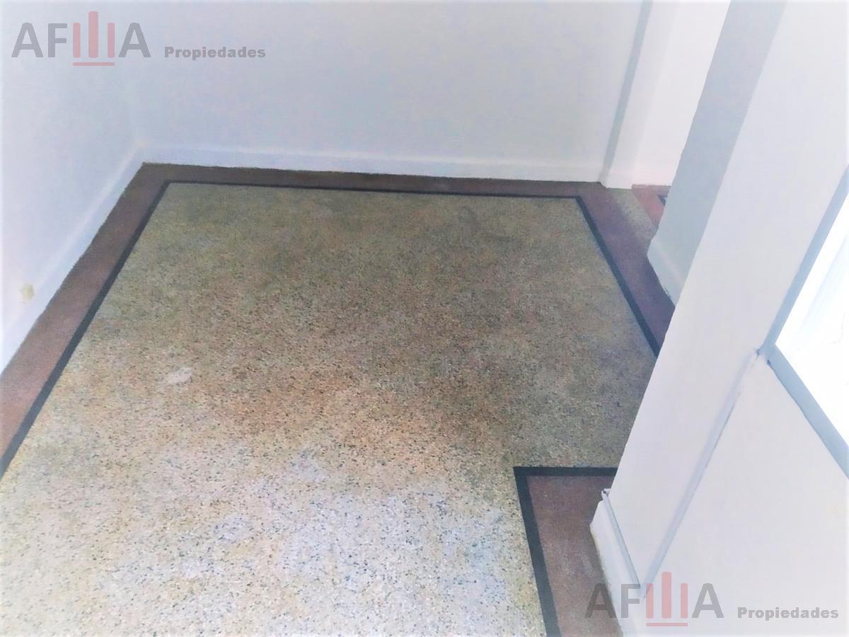 Foto Apartamento en Alquiler en  Pocitos ,  Montevideo  Gestido al 2600