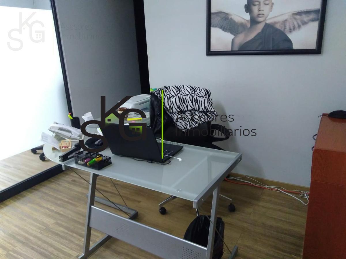 Foto Oficina en Venta en  Interlomas,  Huixquilucan  SKG Asesores Inmobiliarios Venden Oficina de  300 m2  en Interlomas, Huixquilucan