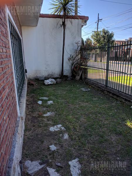 Foto Casa en Venta en  Villa Ballester,  General San Martin   Alem al 3100