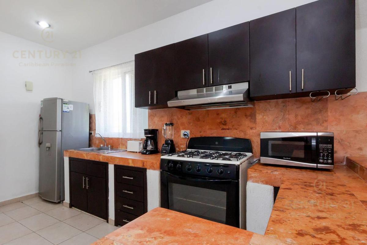 Fraccionamiento Playacar Fase II Apartment for Rent scene image 9