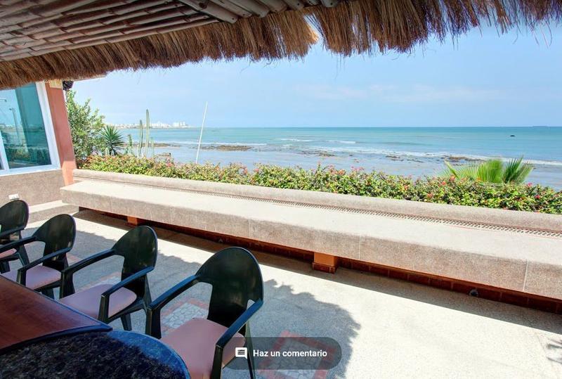 Foto Casa en Venta en  Salinas ,  Santa Elena     Vendo Casa  frente al mar en Salinas - 1308 m2
