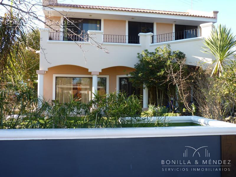 Foto Casa en Alquiler en  Playa Hermosa ,  Maldonado  Gran casa en Playa Hermosa