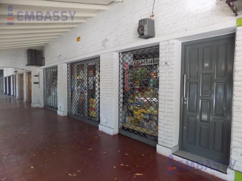 Foto Oficina en Venta en  El Trébol,  La Union  Av El trebol y Ruta 205
