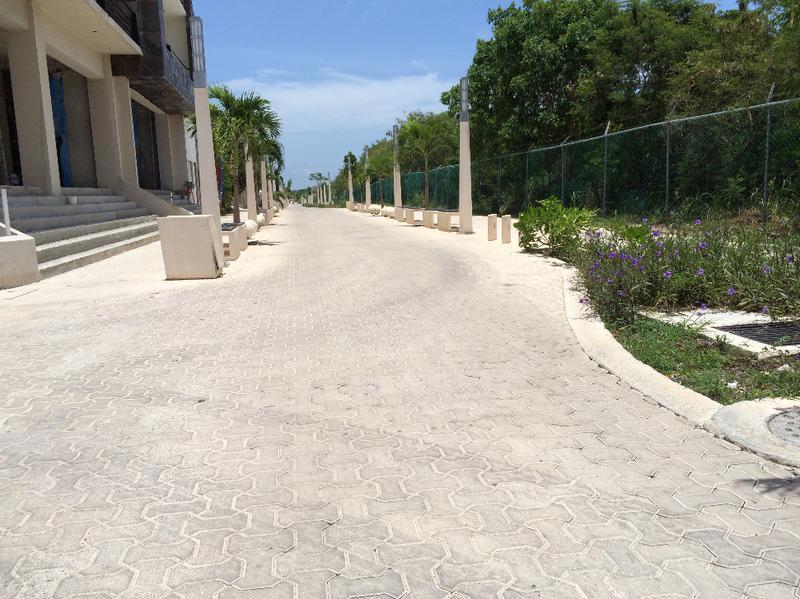 Foto Campo en Venta en  Luis Donaldo Colosio,  Playa del Carmen  5ta avenida
