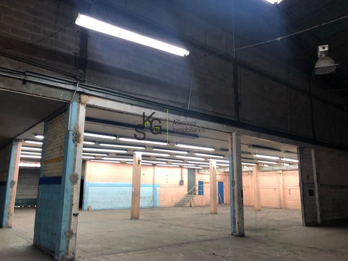 Foto Bodega Industrial en Renta en  Granjas México,  Iztacalco  SKG Asesores Inmobiliarios Renta Bodega en Granjas México, Ciudad de México, 2500m2 de superficie