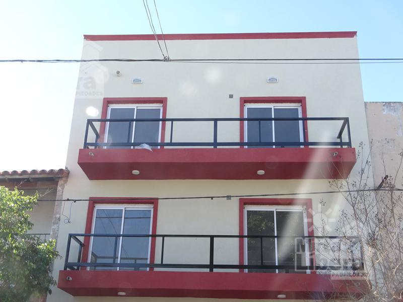 Foto Departamento en Venta en  La Plata ,  G.B.A. Zona Sur  Calle 05 entre 69 y 70  PB Frente