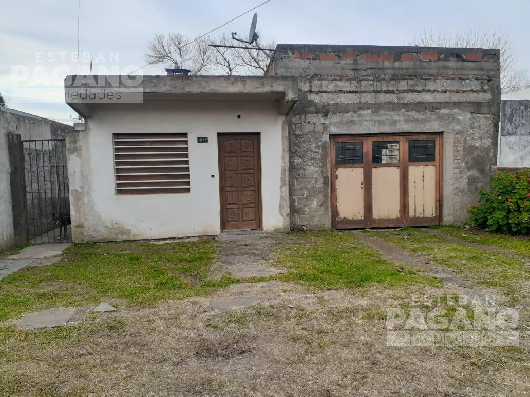 Foto Casa en Venta en  La Plata ,  G.B.A. Zona Sur  156 E 66 y 67 N°1972