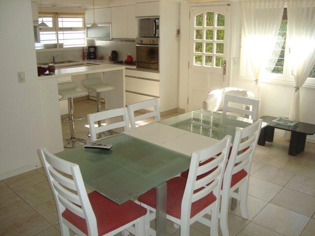 Foto Casa en Venta en  Pinos De Anchorena,  Mar Del Plata  quiroga 4200